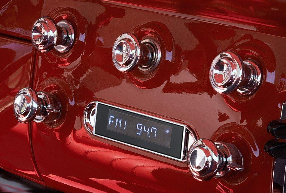 Retrosound 1955-59 Chevrolet Trucks Apache Radio