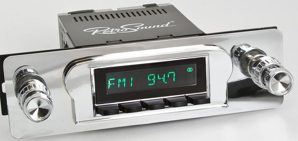 Retrosound 1960-63 Ford Ranchero Long Beach Radio